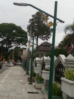 Produk tiang lampu antik dan tiang lampu jalan