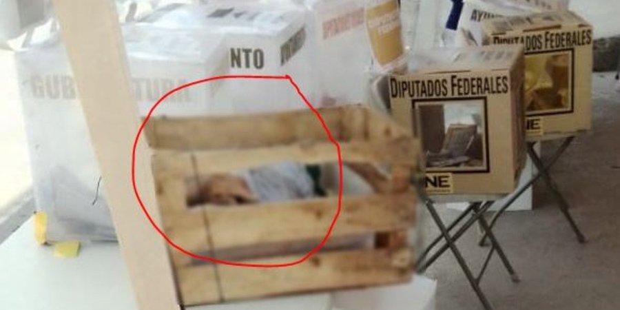 Fotos: Sujetos Arrojan cabezas humanas a casillas de Tijuana