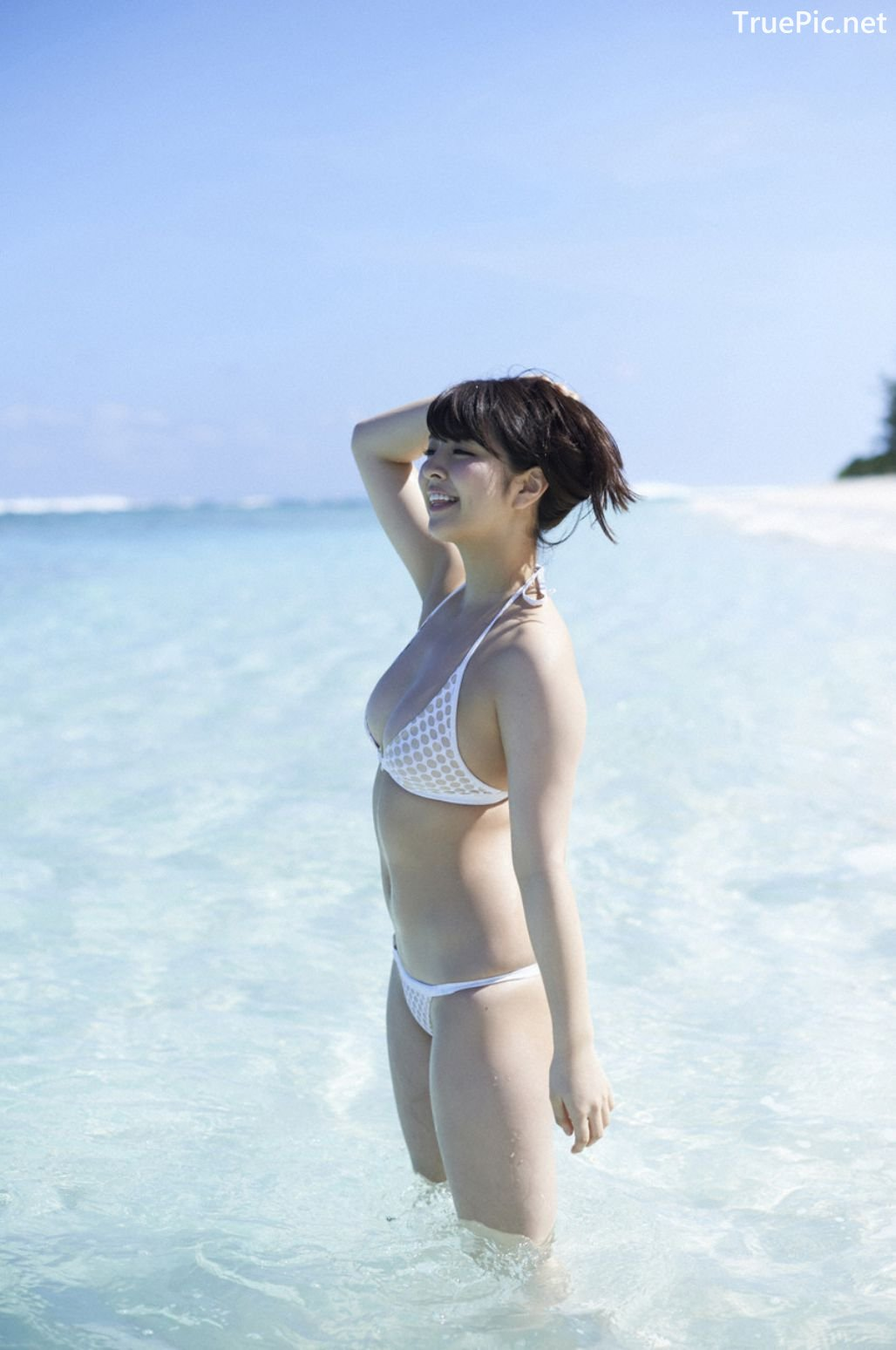 Image-Japanese-Actress-And-Model-Yurina-Yanagi-Blue-Sea-And-Hot-Bikini-Girl-TruePic.net- Picture-5