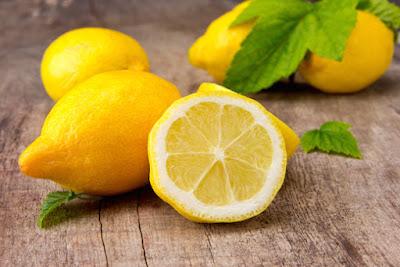 Manfaat Lemon Saat Berpuasa