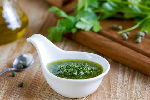 A klasszikus salsa verde eredeti olasz receptje: tésztához, sültekhez is kiváló