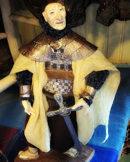 Exposição de Bonecos de Biscuit de Elton Manganelli - O Velho Guerreiro