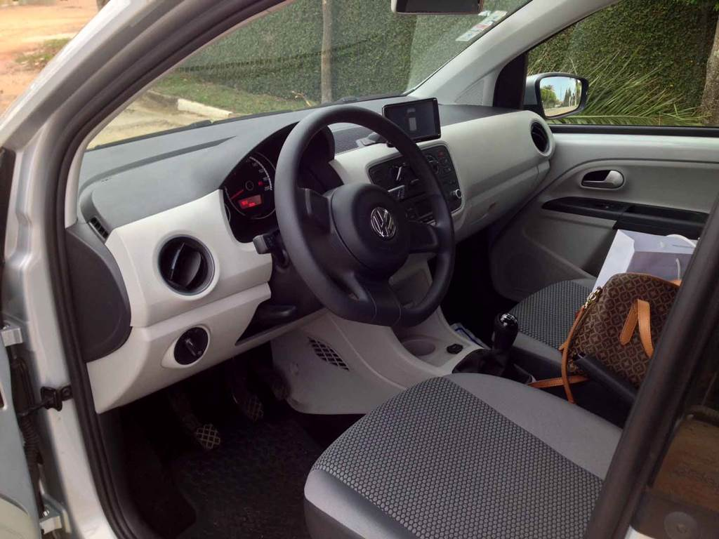 Volkswagen up! manual - interior