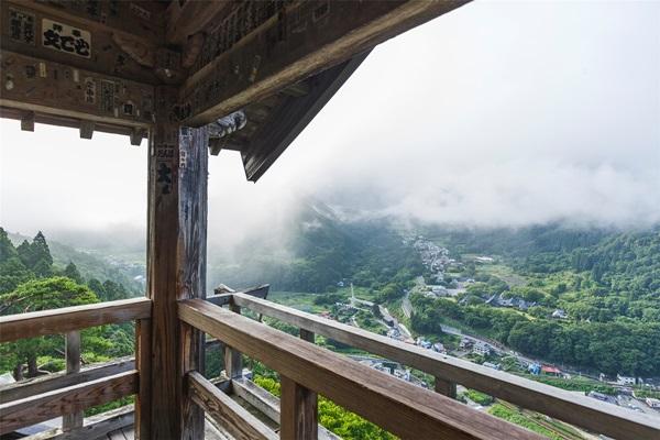 วัดยามาเดระ (Yamadera Temple: 山寺) @ www.yamaderakankou.com
