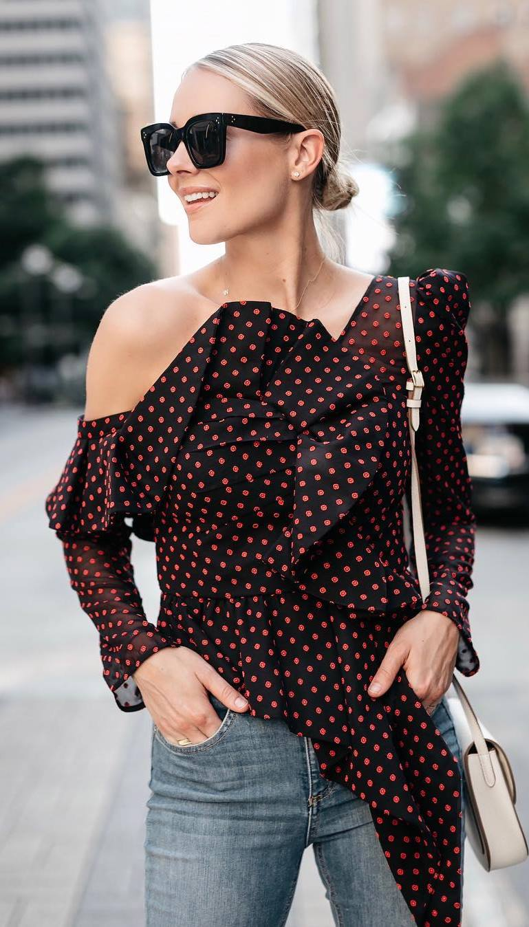 fashionable outfit idea / polka dots one shoulder top + bag + skinnies