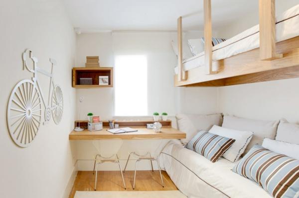 con la misma madera que la cama podemos disear una encimera ocupar poco espacio y ser un lugar perfecto para estudiar