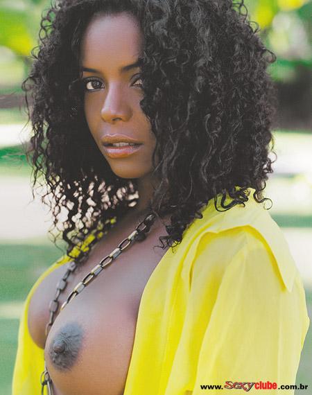 Adriana Bombom pelada nua na sexy 11