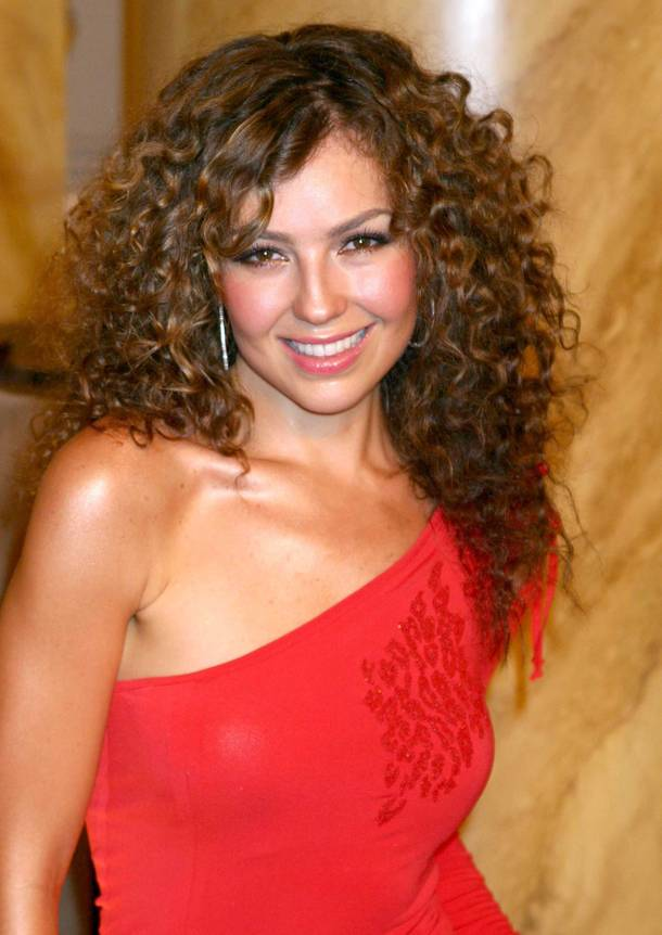 thalia hairstyle trends thalia biography. Black Bedroom Furniture Sets. Home Design Ideas