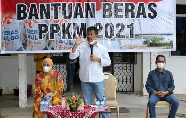Wagub Kepri Menghadiri Penyaluran Bantuan Beras PPKM 2021
