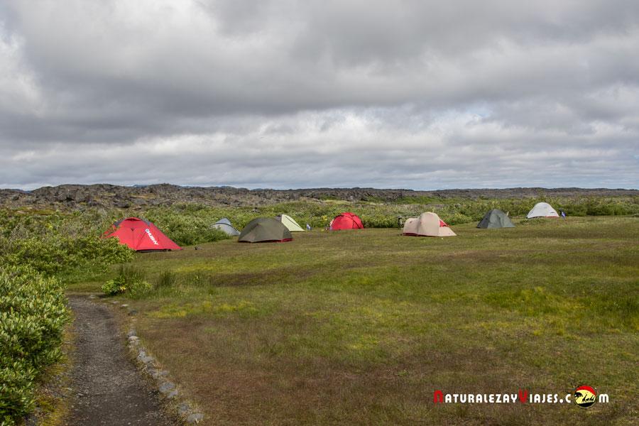 Camping Herdubreid, Islandia
