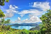 Danau Nggoang, Surga di Pulau Biru