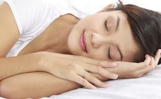 Rituel de beauté de nuit : les soins à adopter avant d'aller se coucher