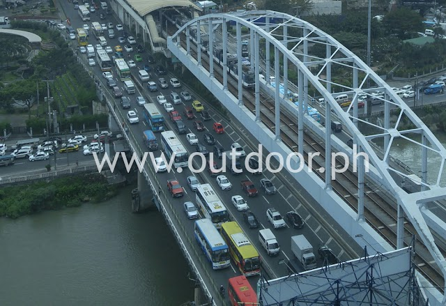 From ABS-CBN News : Outdoor advertisers urge gov't to pass billboard safety law