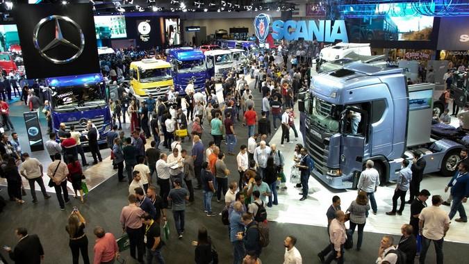 Fabricantes de caminhões não irão participar da Fenatran 2021