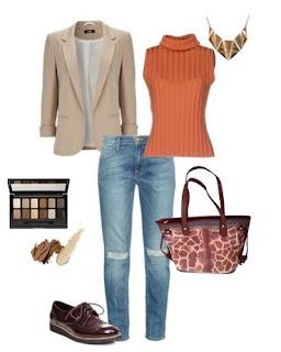 Boyfriend jeans, top laranja de gola alta, blazer bege, sapatos oxford bordeaux, Mala animal print