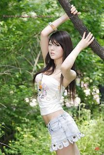 Hwang Mi Hee   Korean Race Queens 72.jpg