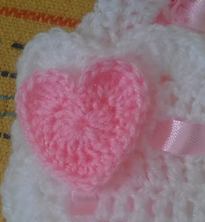 Teddy and hearts baby blanket free crochet pattern
