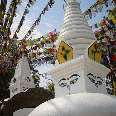 Stupas al pie de Swayambhunath
