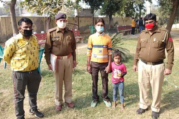 fardidabad-saran-thana-police-team-searched-out-3-year-missing-girl