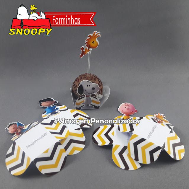 O Preço mais barato para forminhas para doces enrolados no tema Snoopy – O Filme, e sua turma Charlie Brown , festa para meninos e meninas, nas cores vermelho e azul, será um sucesso na decoração de sua festa.