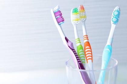 Waktu yang Tepat Untuk Mengganti Sikat Gigi
