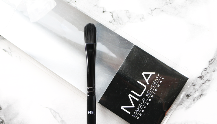 MUA F15 Medium Concealer Brush review