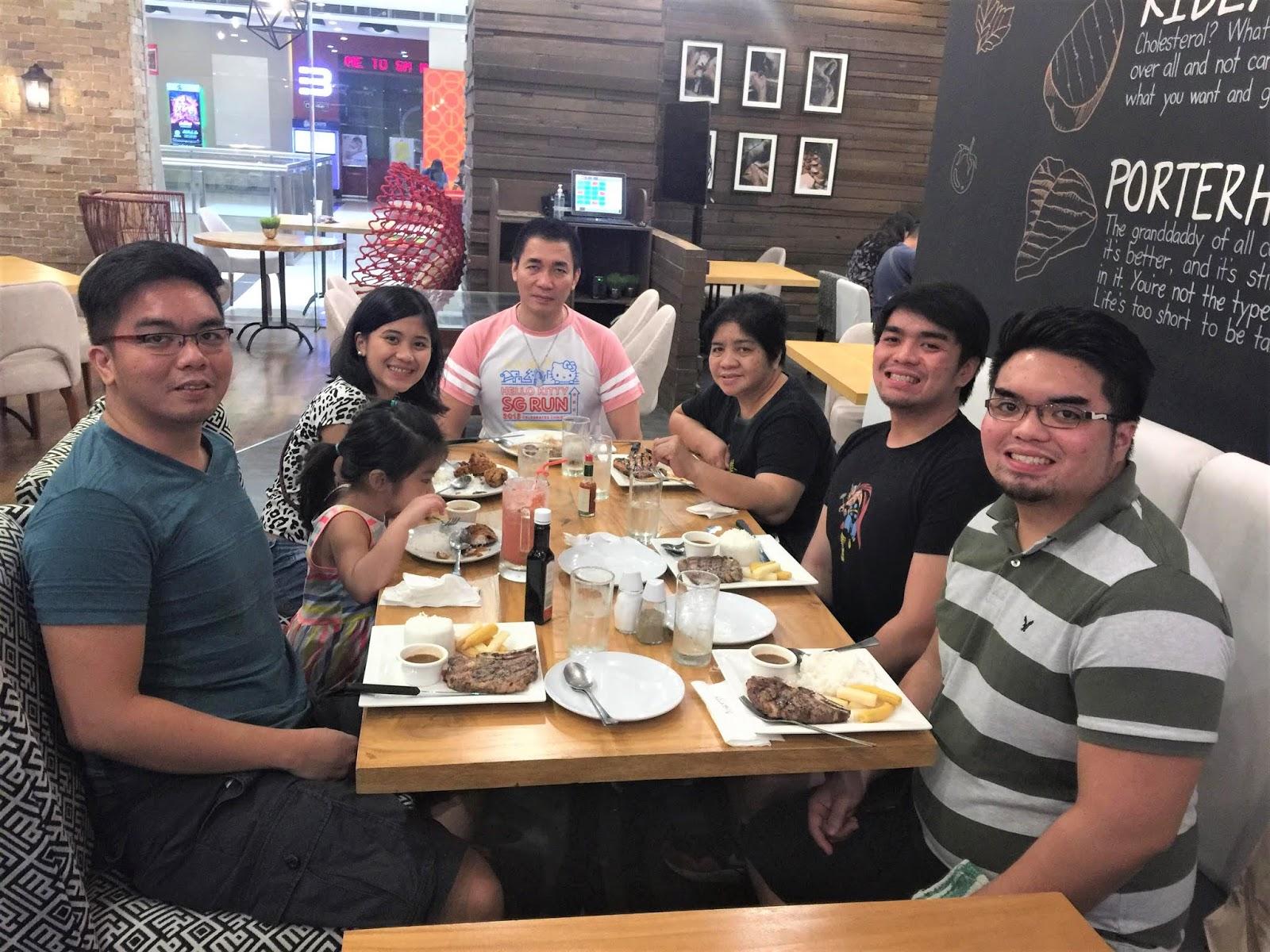 WeTravelFearlessly family in Roberto's SM Marikina
