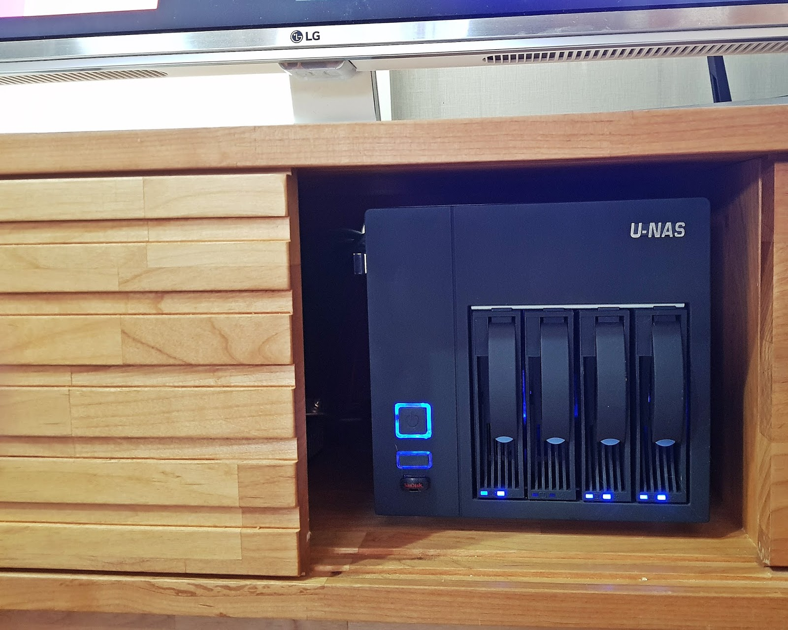 풀반지 블로그: J5005 자작 NAS 사용기 (Asrock J5005-ITX, U