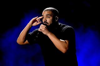 Drake Donates $5K To Ninja After Clutch Fortnite Victory