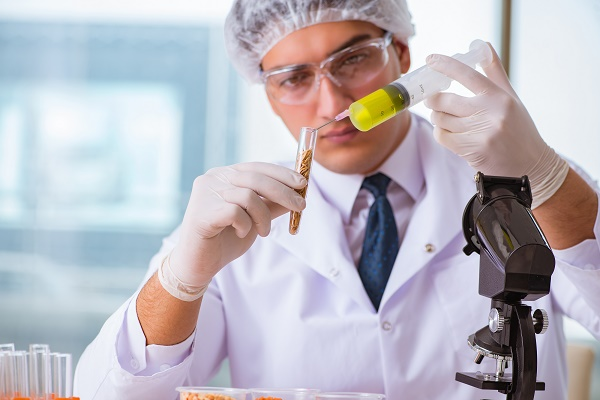 What role does a food testing lab play in ensuring food safety?