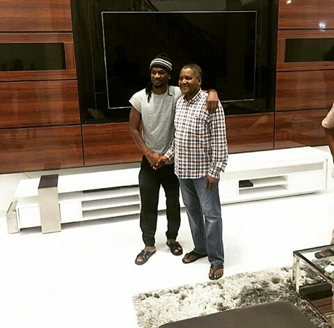 Africas Richest Man Aliko Dangote Visits P'square In Their New Home