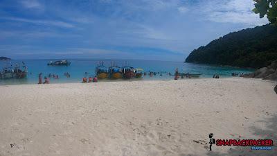 Pantai Tiga Ruang Pulau Perhentian