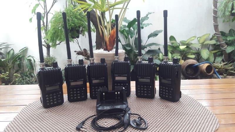 Sewa HT Icom V80 Original Jakarta | Rental Handy Talky Jarak Jauh