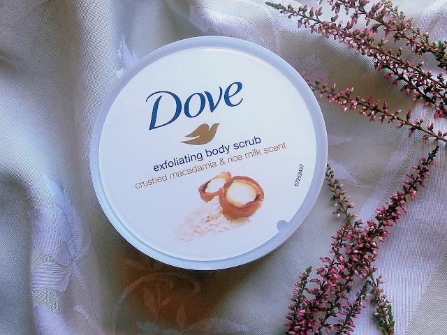 Dove, peeling z orzechami macadamia - nowość!