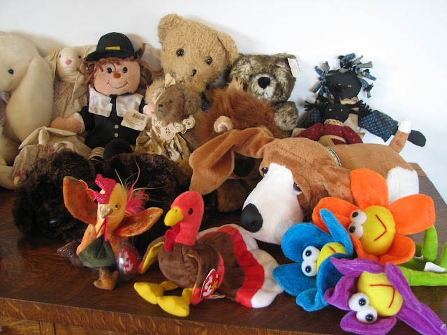Image: Toys, Bears, Beanies, Stuffed Animals, by Carol Ross on FreeRangeStock