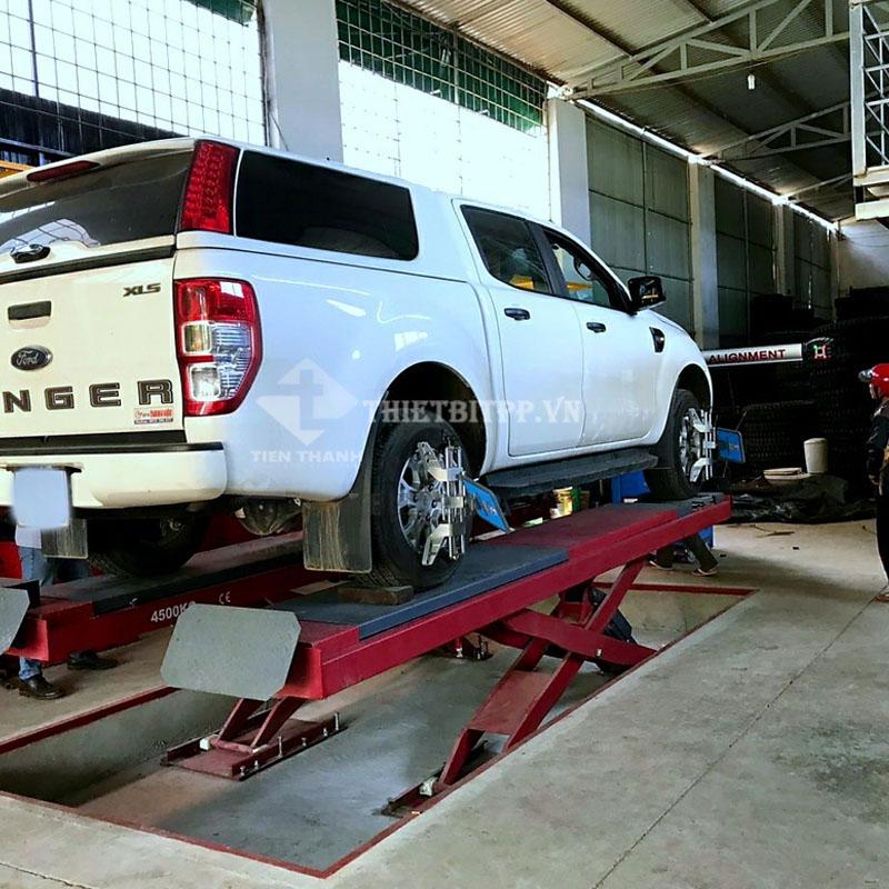 cầu nâng bụng xe ô tô, cầu nâng gầm xe ô tô, cầu nâng cắt kéo trung quốc