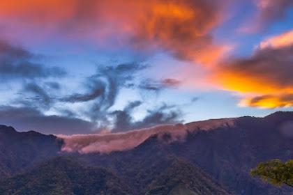 Traveling ke Indonesia Timur Adalah Mimpi Saya Salah Satu Nya ke Desa Wae Rebo (Flores, NTT)