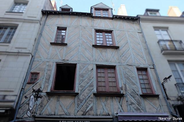 19-21 Rue des Carmes