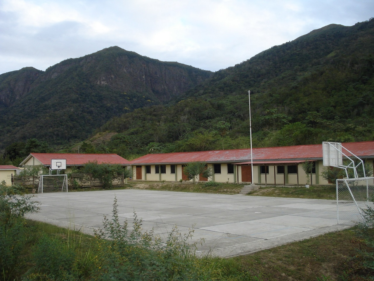 Colegio TUPAC AMARU - Cirialo