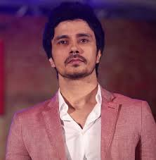 Darshan Kumar Family Wife Son Daughter Father Mother Age Height Biography Profile Wedding Photos