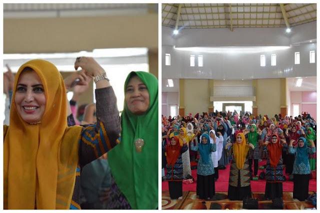 PKK_kota_Bima_nonton_Bareng_2
