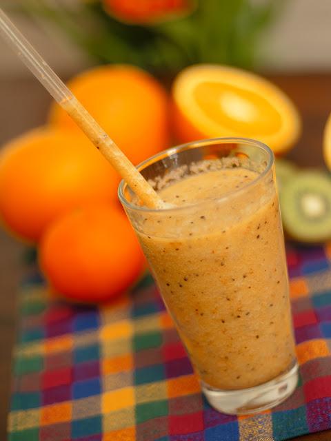 Suc mar-kiwi-portocala