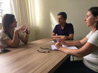 Ana Paula vai à APAE e pede projetos para obter recursos do  deputado Alex Manente