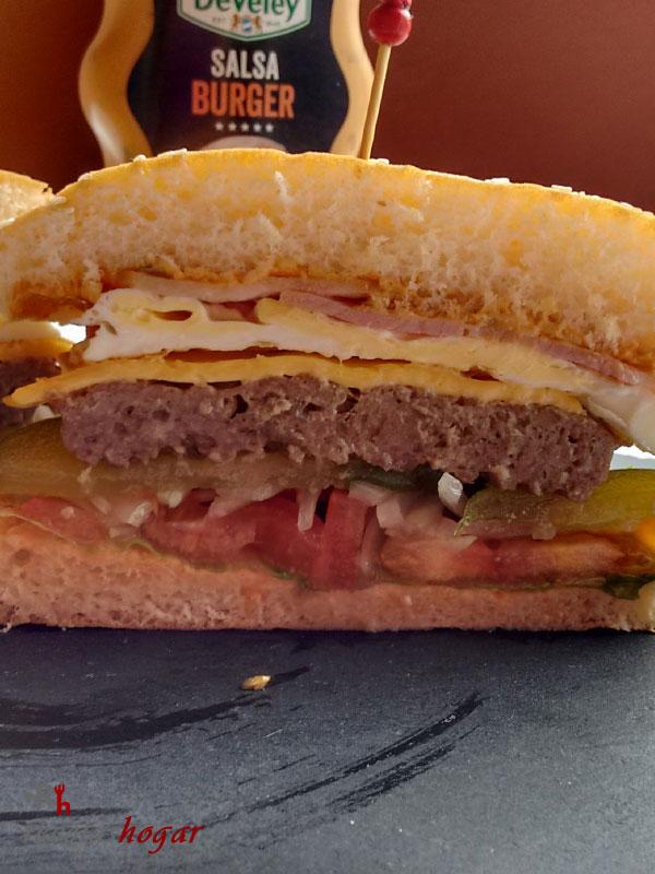 Deliciosa hamburguesa casera
