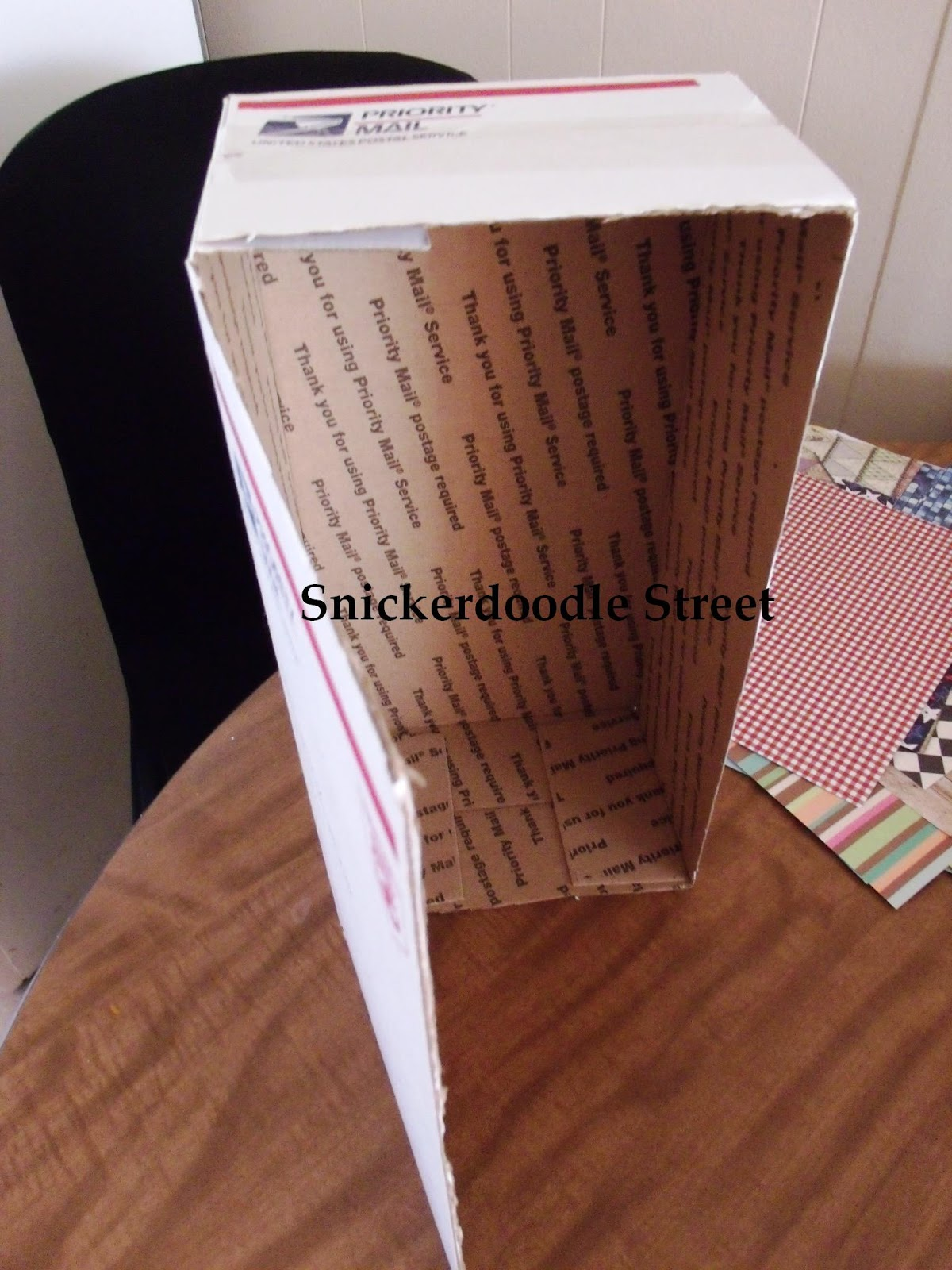 Snickerdoodle Street Htm Doll Closet Room Box