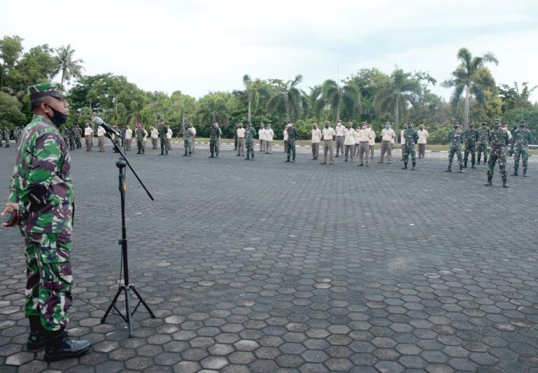 Asrena Danlantamal IV Beri Pengarahan Kepada Segenap Prajurit dan PNS Lantamal IV