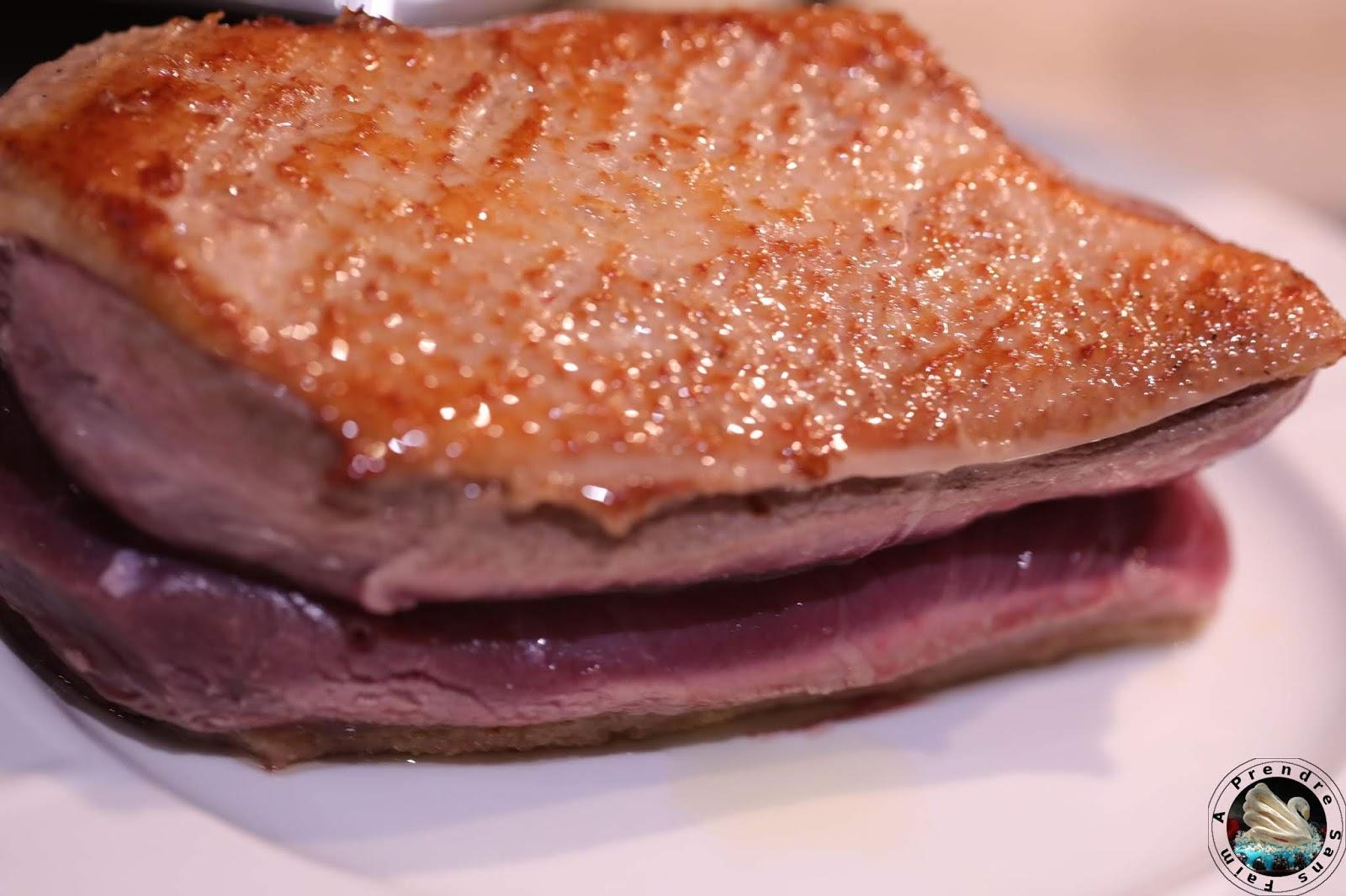 Magret de canard en croûte de sel