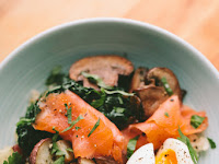 SMOKED SALMON BREAKFAST BOWL WITH A 6 MINUTE EGG