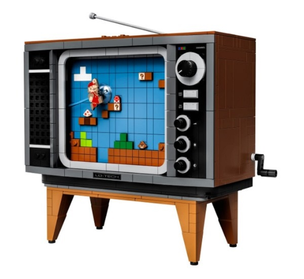 LEGO Super Mario NES Console With a TV That You Can Crank