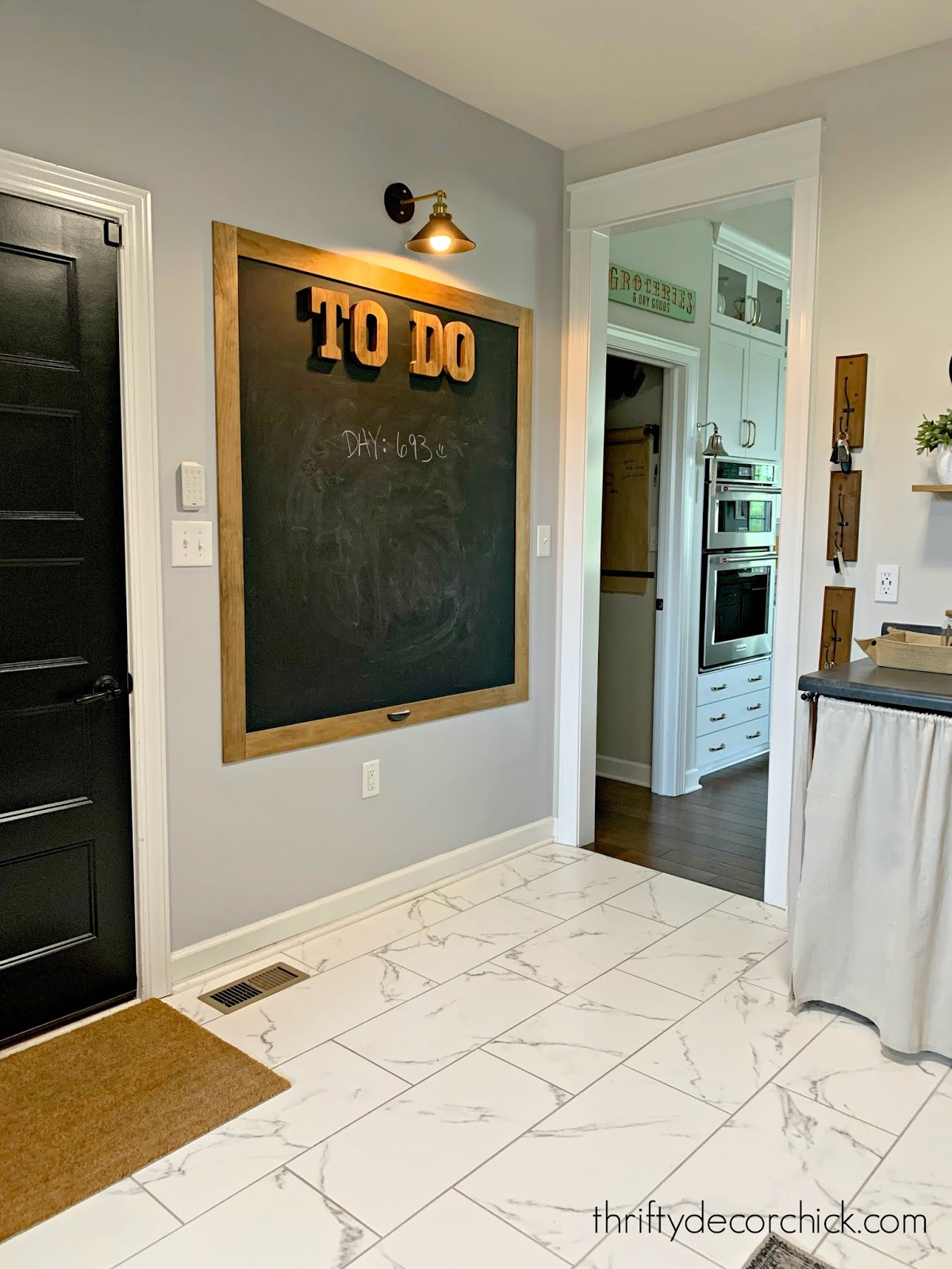 How to paint a large chalkboard on any wall